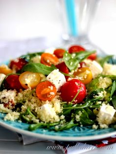 Modern Greek Salad made with Millet, an ancient grain, and arugula {gluten-free} Caprese Salad, Cobb Salad, Couscous, Grain Salad, Spinach Leaves, How To Make Salad, Evening Meals, How To Dry Oregano, Cherry Tomatoes