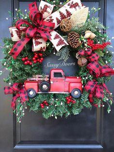 Red Truck Wreath, Buffalo Plaid, Rustic Christmas Wreath, Red Truck Christmas wr… - Home Decoration Christmas Red Truck, Plaid Christmas, Christmas Holidays, Christmas Crafts, Christmas Ornaments, Christmas Movies, Christmas Ideas, Christmas Trivia, Merry Christmas