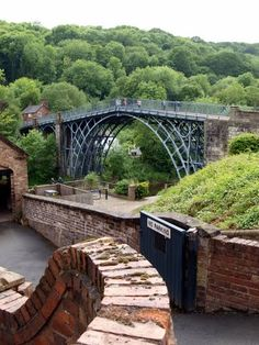 Anglia: Iron Bridge (Vashíd), (Ironbridge Gorge (UNESCO 1986) - Shropshire, England)