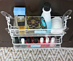 Ideas for bathroom organization cabinet command hooks Tiny Bathrooms, Small Bathroom, Master Bathroom, Bathroom Ideas, Bathroom Vanities, Bathroom Inspiration, Bathroom Cabinet Organization, Organization Hacks, Organized Bathroom