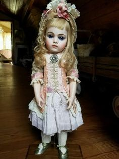 Stunning-Bru-Jne-13-French-Bebe-doll-by-Colleen-Phillips-fabulous-costume