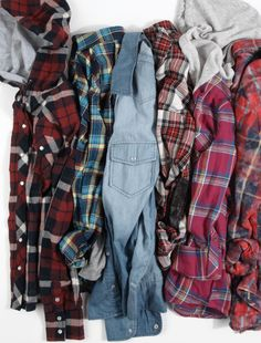 Rad Plaid  Went shopping this weekend and really regret not making some plaid purchases.