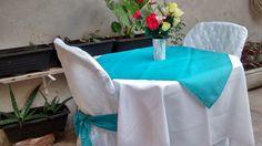 Temos: - Toalhas de mesa com cobre manchas  - Capas para cadeiras branca  - Laços para cadeiras  - Rechaud de duas cubas banho maria.  Confira nossos preços e formas de pagamento  (deposito em conta,pague seguro ou cartão)   *** Pode retirar também no local Diadema Centro***