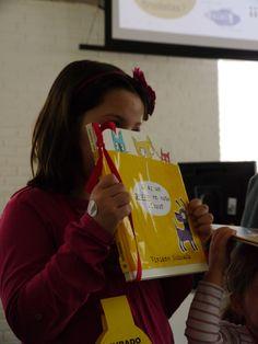 Una componente de nuestro Jurado Infantil para el IIPremio al Álbum Ilustrado en la mención a los libros finalistas.