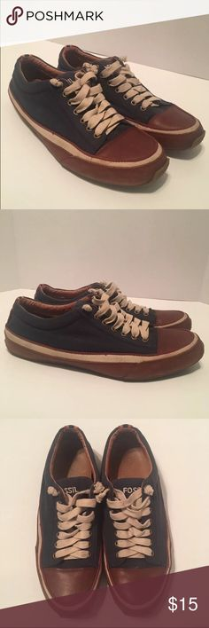 Fossil sneakers Navy blue Canvas and brown leather low top sneakers. Show signs of normal wear Fossil Shoes Sneakers