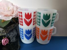 Finger Art, Glass Coffee Mugs, Orange Flowers, Green And Orange, Milk Glass, Flower Vases, Vintage Items, Floral Design, Gems