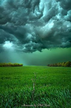 20 Mesmerizing Cloud Patterns in the Sky | Incredible Pictures. --- I drove through tornado weather that looked exactly like this! It was awesome.