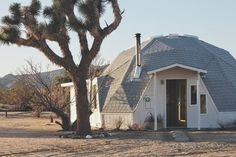 Moon to Moon: Dome in the Desert….. Perfect Holiday...