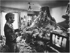 "Richard Dreyfuss en ""Encuentros en la Tercera Fase"" (Close Encounters of the Third Kind), 1977 Video Film, Close Encounter Of The Third Kind, Film Books, Film Movie, Scary Movies, Movies, Close Encounters, Science Fiction Movies, Steven Spielberg Movies"