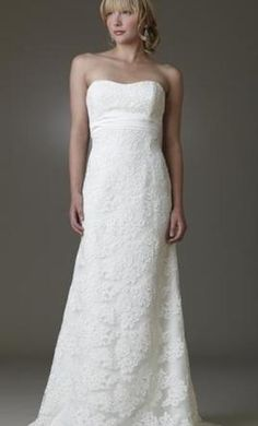 Amy Kuschel Noe: buy this dress for a fraction of the salon price on PreOwnedWeddingDresses.com