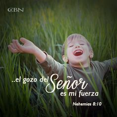 Comenzar semana no siempre puede ser alentador, pero levanta tu mirada: hay un Dios que quiere fortalecerte y hacerte sonreír. #ELESMIGOZO