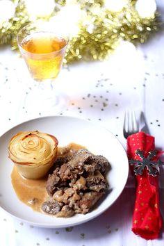 Sauté de veau au cidre et aux morilles, fleur de pomme de terre