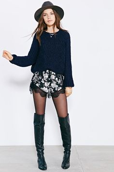 Kimchi Blue Bella Pullover Sweater - Urban Outfitters