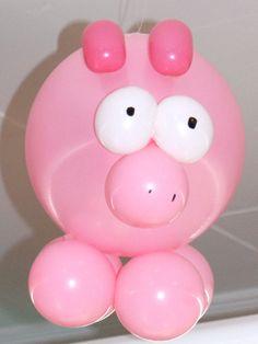 Cerdito hecho con globos. * Porquet fet amb globus.