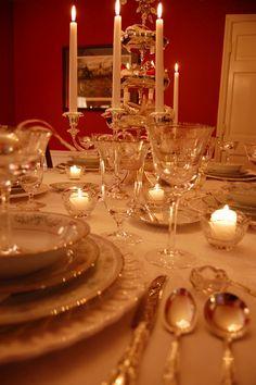 Christmas Table Setting: The 63rd Tablescape Thursday