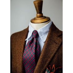Beautiful rich colours and inspiring mixture of patterns and texture from @drakesdiary AW/15.  #menswear #style #aw15 #burgundy #wine #brown #inspiration #patterns #herringbone #bengalstripe #madder #buttondown #handmade