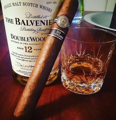 """diabolic-seductions: """" Balvenie DoubleWood 12 Year Old and Montecristo 80 Aniversario """" Whisky Bar, Cigars And Whiskey, Cuban Cigars, Scotch Whiskey, Bourbon Whiskey, Whiskey Room, Whiskey Lounge, Cigar Art, Cigar Club"""
