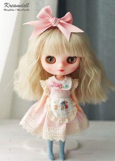 Strawberry Milk Dress for middie Blythe MINI by kreamdoll on Etsy