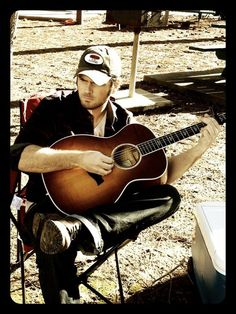 Chuck Wicks -- boots, a guitar, & a baseball hat = :-) Hot Country Boys, Country Music, Country Roads, Chuck Wicks, Male Face, Music Is Life, Make Me Smile, Famous People, Hot Guys