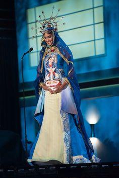 Miss Universo 2015: MISS REPUBLICA DOMINICANA Trajes Tradicionales