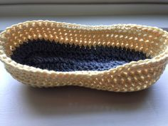 Baby Loafers Free Pattern   By AnnooCrochet Designs                  There is something so stylish about Loafers, I absolutely ...