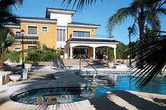 Santa Lucia in Elche has a private pool, free air conditioning, free Wi-Fi, 6 bedrooms and 7 bathrooms Santa Lucia, Private Pool, Luxury Villa, Villas, Mansions, Architecture, House Styles, Luxury Condo, Arquitetura