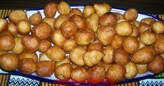 Aujourd'hui le mardi gras et son cortège de beignets. Je vous fait une première recette ivoirienne.  Voici la recette de boflotos. Des...