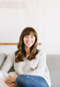 We don't do a ton of house tours around here, but I couldn't help but show you the bright, minimal yet warm home of EHD alum Samantha Gluck. Minimal House Design, Minimal Home, Interior Design Layout, Leather Dining Chairs, Minimalist Decor, House Tours, Minimalism, House Styles, Bright