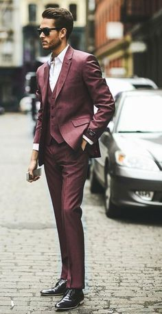 Emmy DE * Executive #streetstyle #men