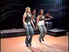 Tri Nova Scotia Celtic Fiddle Dance Story & Song