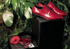 Cuidamos cada detalle para que marques la diferencia... #complementos #complementosnovio #zapatosnovio #trajesdenovio #petrelliuomo #trajesnovio #bodas #novio #weddingtrends #miguelcarreguí #castellón