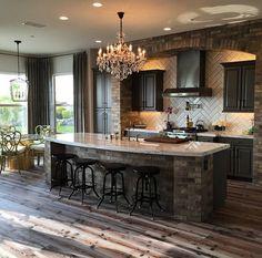 Beautiful kitchen flooring.