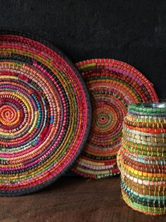 Create your very own basket made from up-cycled fabric. This DIY craft is an excellent way to use up textile waste using this sustainable way. Rope Basket, Basket Weaving, Sewing Art, Sewing Crafts, Fabric Bowls, Newspaper Crafts, Recycling, Yarn Bowl, Bag Patterns To Sew