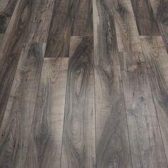 Laminate Flooring Colors Different wood laminate flooring ratings to inspire you Laminate Flooring Basement, Herringbone Laminate Flooring, Walnut Laminate Flooring, Laminate Flooring Colors, Direct Wood Flooring, Walnut Floors, Best Laminate, Grey Laminate, Floor Colors