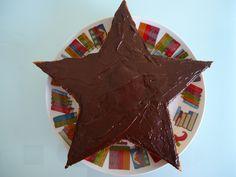 Bolo de cenoura com cobertura de chocolate (receita de Henrique Sá Pessoa)