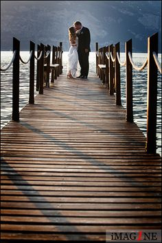 Wedding photographer: Malcesine Castle, Lake Garda, Italy: Ross & Debra by iMAG1NE