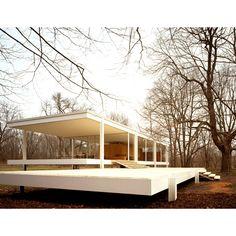 Farnsworth House | Plano, Illinois | Mies van der Rohe | photo © Jon Miller /Hedrich Blessing