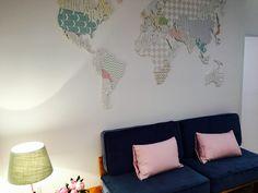 zona SOFA con mapa mundi