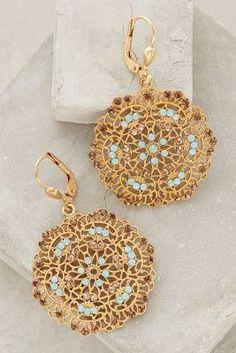 Boucles d'oreilles or et bleu #collier #bracelet #bague #bijou #necklace #jewellery #myfashionlove www.myfashionlove.com