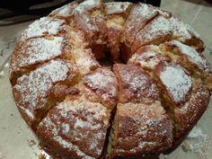 Κέικ με γεύση σαν τσουρέκι !!!!Είναι πολύ γευστικό και σας προτείνω να το δοκιμάσετε !!! ΥΛΙΚΑ 2φλιτζ τσαγιού ζάχαρη 250 γραμ...