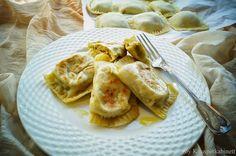 Vegan dumplings with vegetable filling - . Vegan Tortellini, Vegan Ravioli, Vegan Pasta, Vegan Dishes, Vegan Desserts, Vegan Dumplings, Vegetable Dumplings, Vegan V, Vegan Food