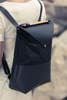 black leather and waxed canvas back pack / leather back by VEINAGE