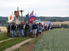 Pèleriner vers Chartres sur les pas de Marie, le site de L'Homme Nouveau
