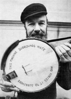 Pete Seeger on Combinatorial Creativity, Originality, Equality, and the Art of Dot-Connecting | Brain Pickings Pete Seeger (photograph by Annie Leibovitz)