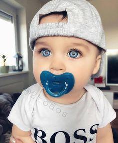 So cute … – Kids Fashion So Cute Baby, Pretty Baby, Cute Kids, Cute Babies, Cute Baby Pictures, Baby Photos, Beautiful Children, Beautiful Babies, Beautiful Eyes