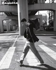 """박서준 — Esquire: Korea 🇰🇷 (May 2020 Issue) (@bn_sj2013's Instagram: """"Fav pic🖤"""") #ParkSeoJoon"""