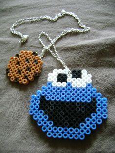 Un nouveau sautoir en hama beads :