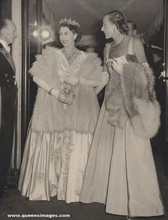"Princess Elizabeth,accompanied by Countess Mountbatten,arrives for the premiere of film ""Lady with a lamp"" /Sep.22 1951/"