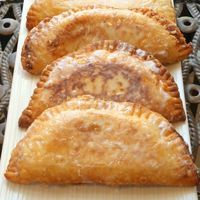 Coconut Cream Fried Pies -- (One of my fave desserts ever! Ever since Boar's Nest stopped offering these, I've been dying to get my hands on the recipe!!)