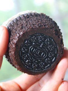 Oreo cupcake. Great idea !
